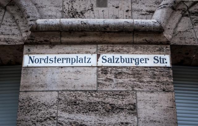 StreetSigns-3